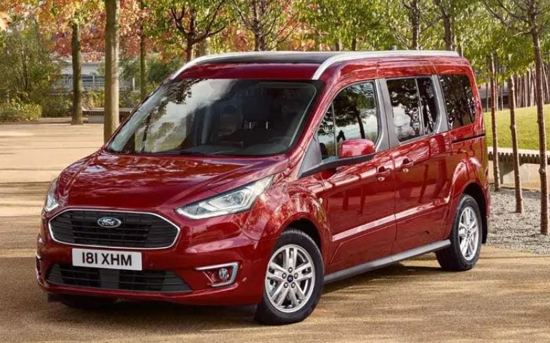 medidas del ford tourneo connect